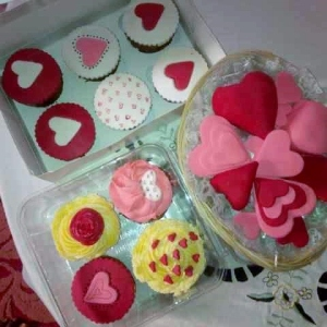 Cupcakes by Carter's Pastry